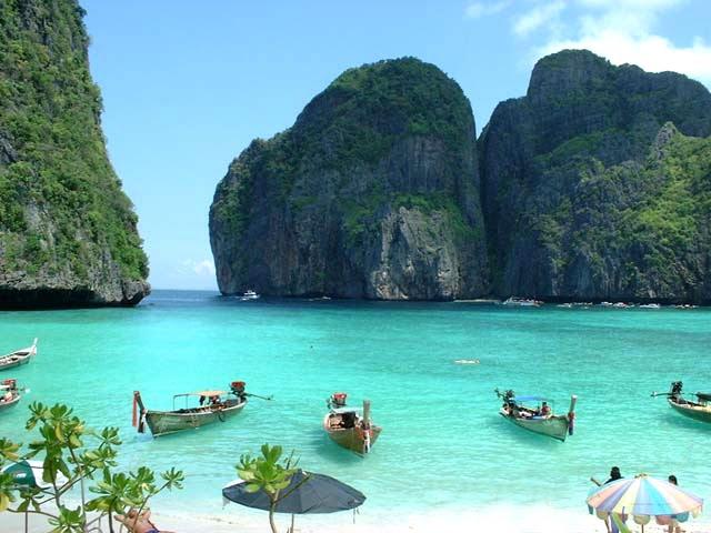 diaforetiko.gr : TAILND1 Τα 30 ομορφότερα νησιά του κόσμου – Ανάμεσα τους και η δική μας Σαντορίνη!