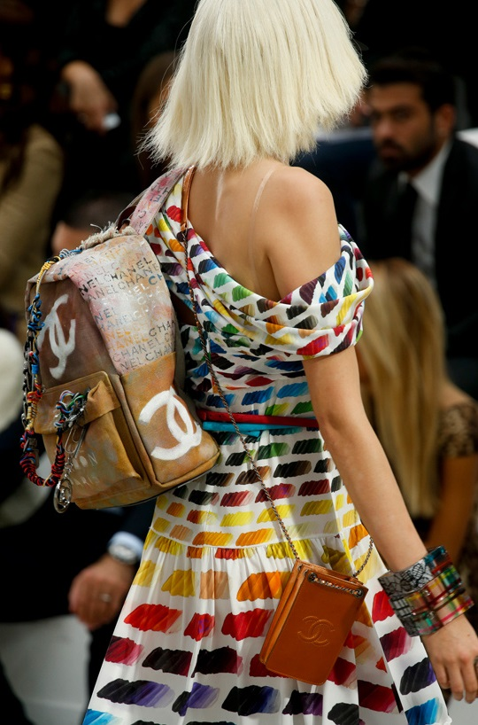 le_d__fil___chanel_printemps___t___2015_317556972_north_883x