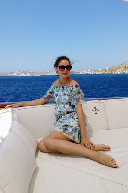 Olivia-Palermo-10-Vogue-12Aug13_b_426x639