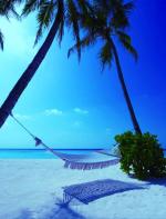 Maldivas -  A República das Maldivas é um grupo de pequenas ilhas no Oceano Índico, que proporciona aos casais alguns mergulhos inesquecíveis em algumas das águas mais claras do mundo. Um lugar maravilhoso que vale a pena conhecer!
