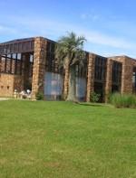 Bem perto de Punta, está a Agroland, sede da empresa que produz os vinhos da Bodega Garzón