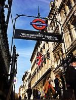O Big Ben fica localizado no centro de Londres em Westminster, sendo parte do Palácio de Westminster.  Endereço: Big ben UK Parlament Westminster, London SW1A 0AA, Reino Unido +44 20 7219 4272