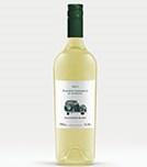 A Sauvignon blanc é a grande casta uruguaia. O Puerto Carmelo Sauvignon Blanc, da Narbona, é jovem fresco, com aromas cítricos e um leve toque de ervas aromáticas. Perfeito para tomar na praia.