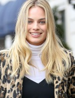 margot-robbie-street-fashion-out-in-new-york-city-february-2016-1