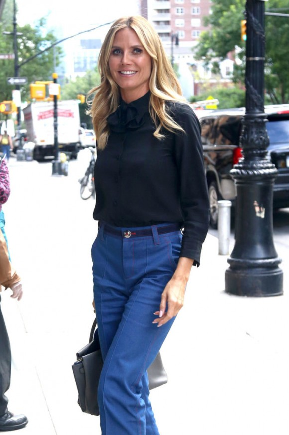 Heidi-Klum-GOTSNYC-DNLSSBPSWS-Street-Style-Fashion-Tom-Lorenzo-Site-1-683x1024