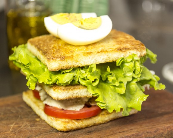 HB Café_club sandwich_DS_SP_2880x2304